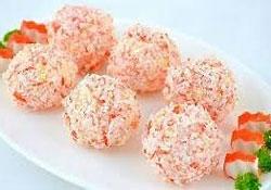recepty-s-kolbasnym-syrom-salaty_2