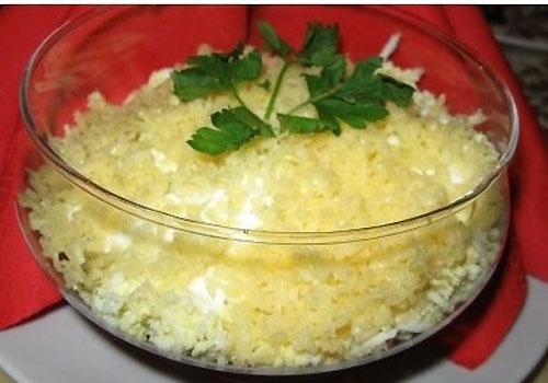 Салат с сыром Чечил
