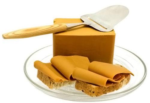 Коричневый сыр Брюност