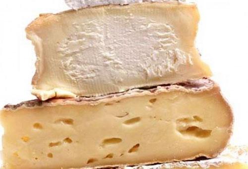 Белый десертный сыр с плесенью