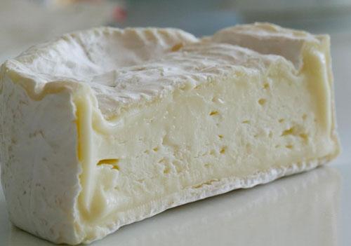 Сыр Нешатель